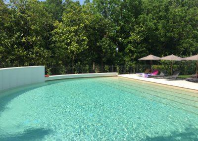 DE_Schwimmbad_Garda_See_Bardolino_Wohnungen