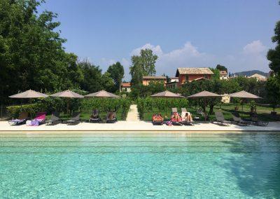 swimming pool outdoor bardolino